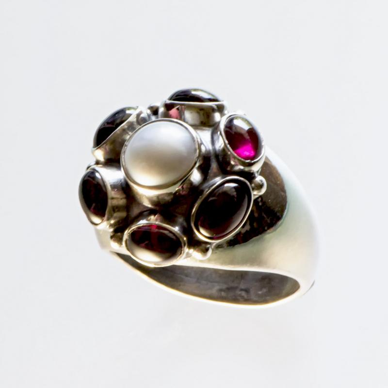 Srebrny pierścionek Retro z kamieniami naturalnymi