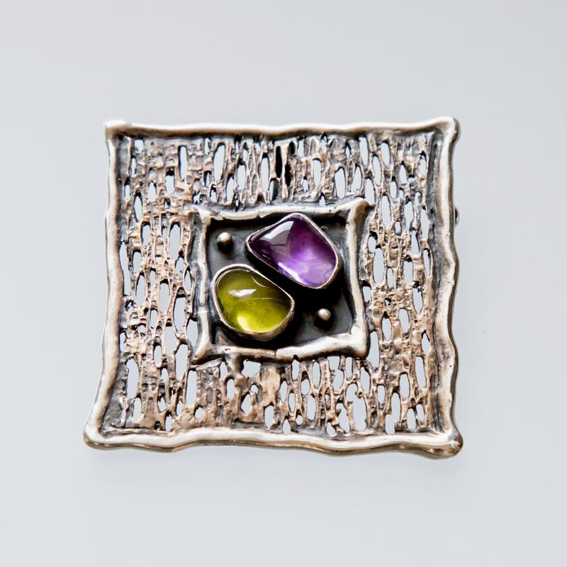 Srebrny broszko-wisior Trawiony z kamieniami naturalnymi