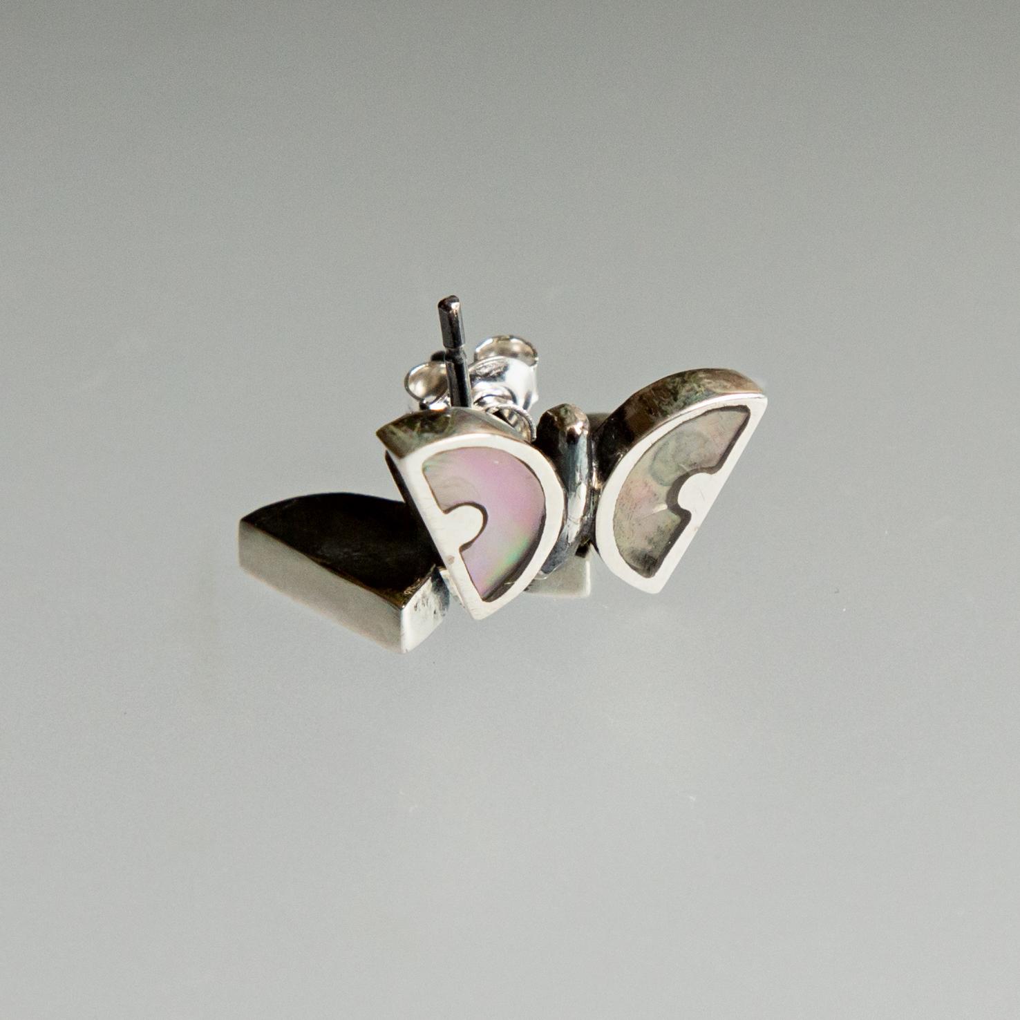 Srebrne kolczyki Motylki z masą perłową