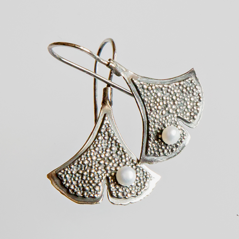 Srebrne kolczyki Ginko - Granulacja wiszące z perłą