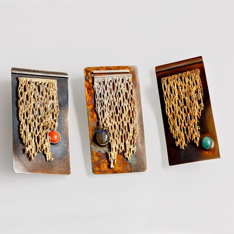 Srebrny broszko-wisior Fifigran z kamieniem naturalnym i pozłoceniem